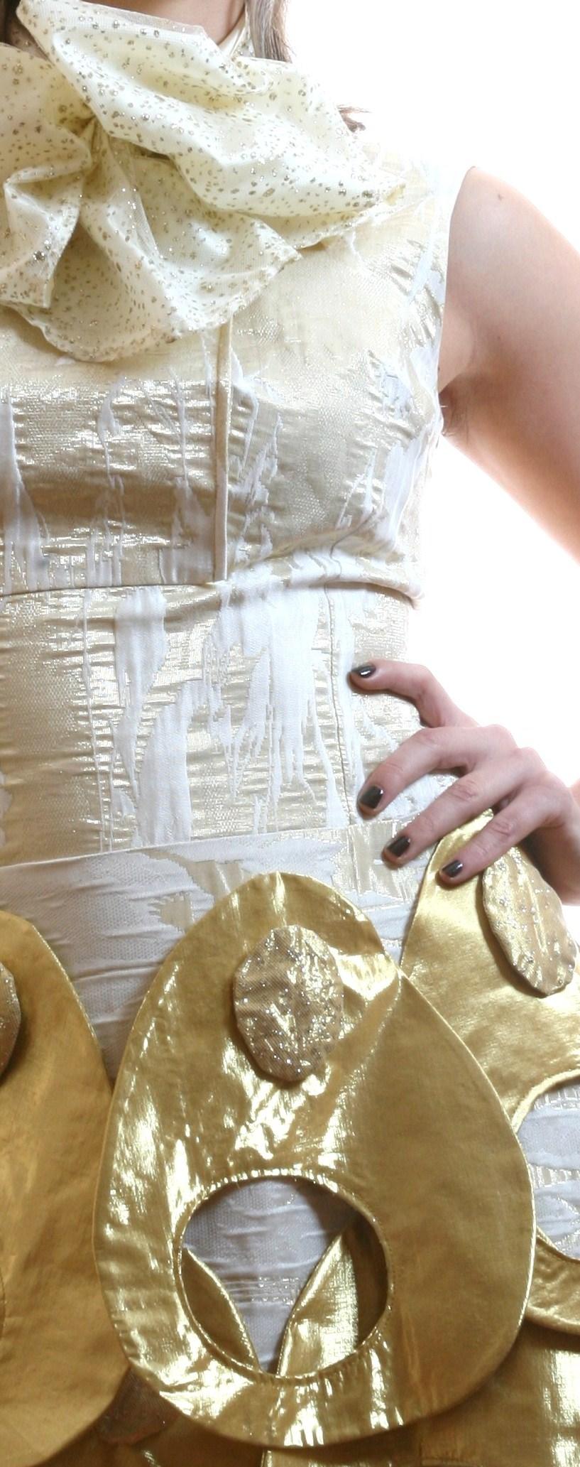 Golden dress 17